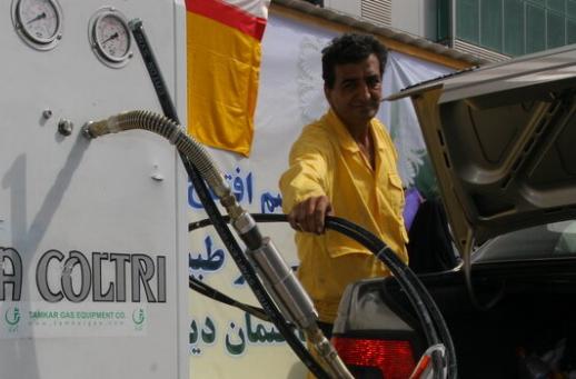 انجمن سی.ان.جی: شرایط دوگانهسوز کردن خودروها تسهیل شود